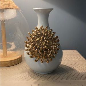 NWT Anthropologie Gold/Blue Flower Vase/Pot